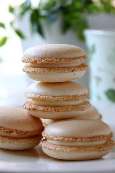 Macaron_a_la_vanille1